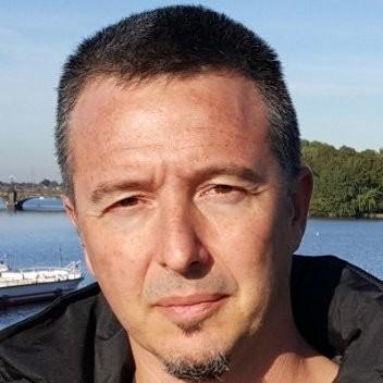 Roberto Guzmán Diana